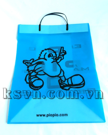 Rigid handle plastic bag